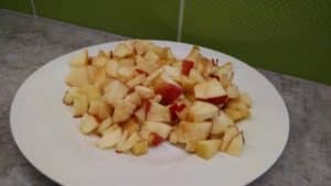 plate of chopped apples