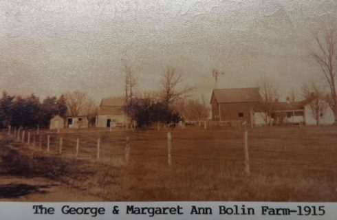 Vintage photo of a farm from back in 1915